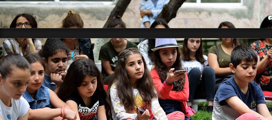 Հեղինակային կրթական ցանցի ասուլիս Աշոտ Բլեյանի հետ